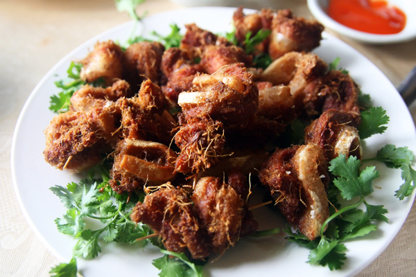 crispy pork belly with shredded ginger