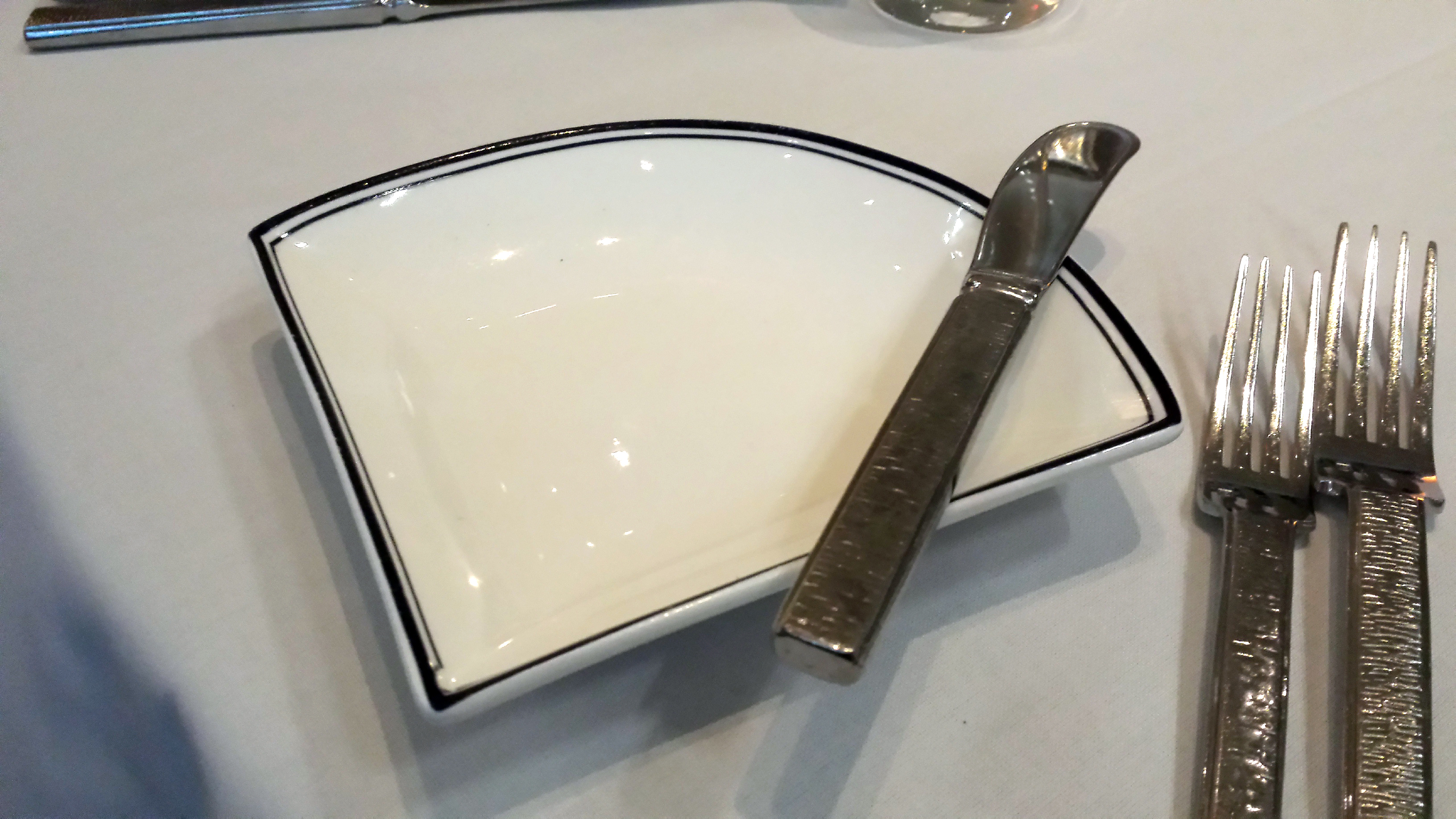 Marvelous Unique Shaped Dinner Plates Gallery - Best Image Engine ...