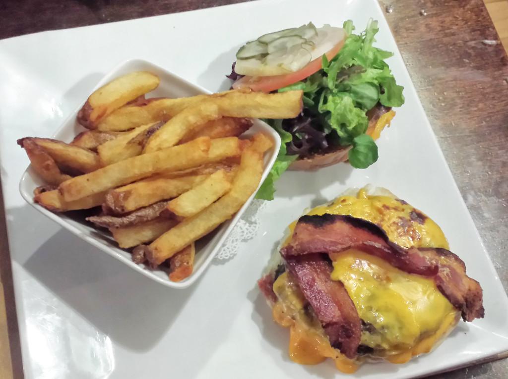 stagecoach burger platter