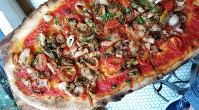 Blue Seafood & Pizza